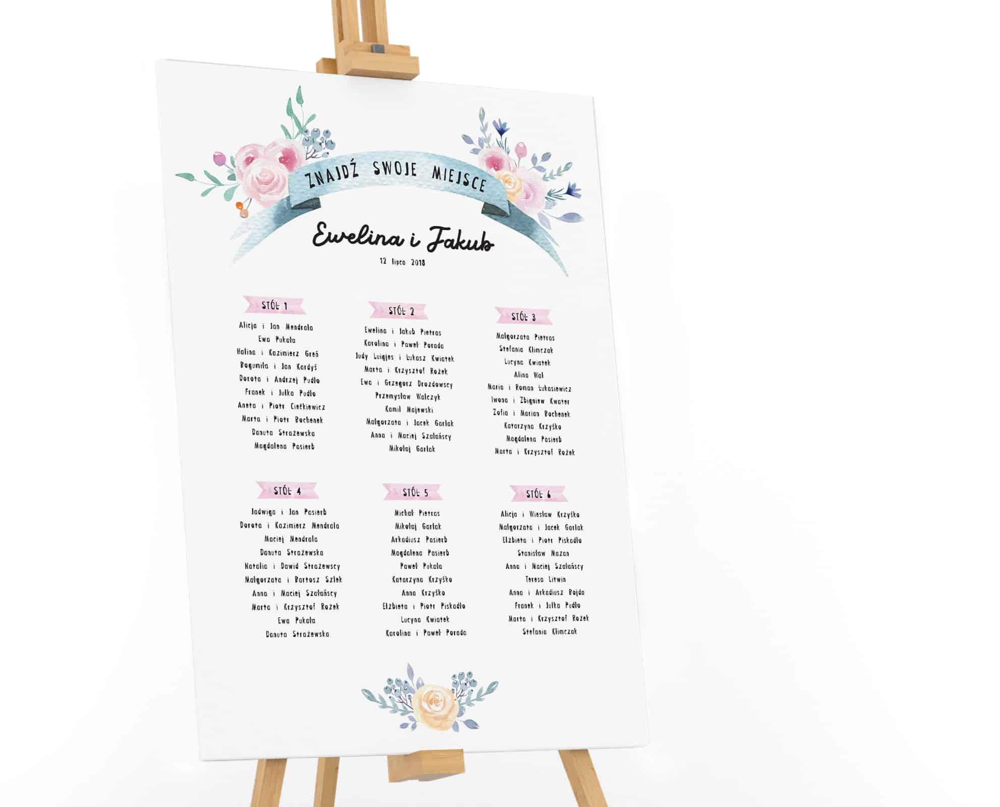 Plan stołów z pastelowymi kwiatami
