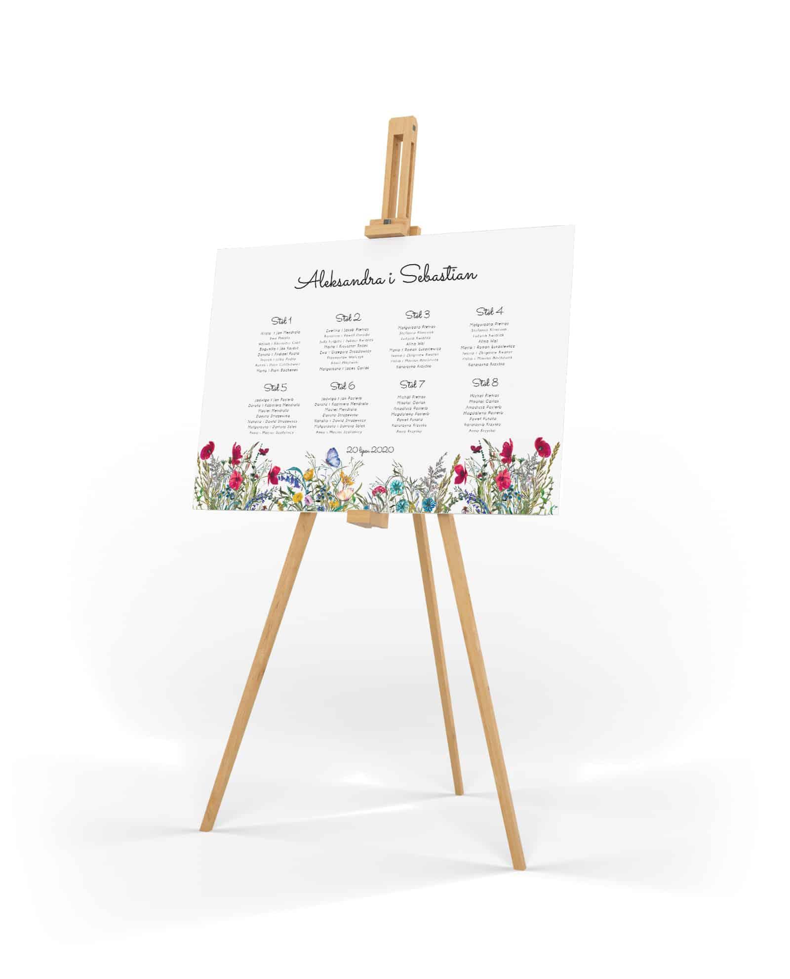 Plan stołów weselnych z kolorowymi polnymi kwiatami