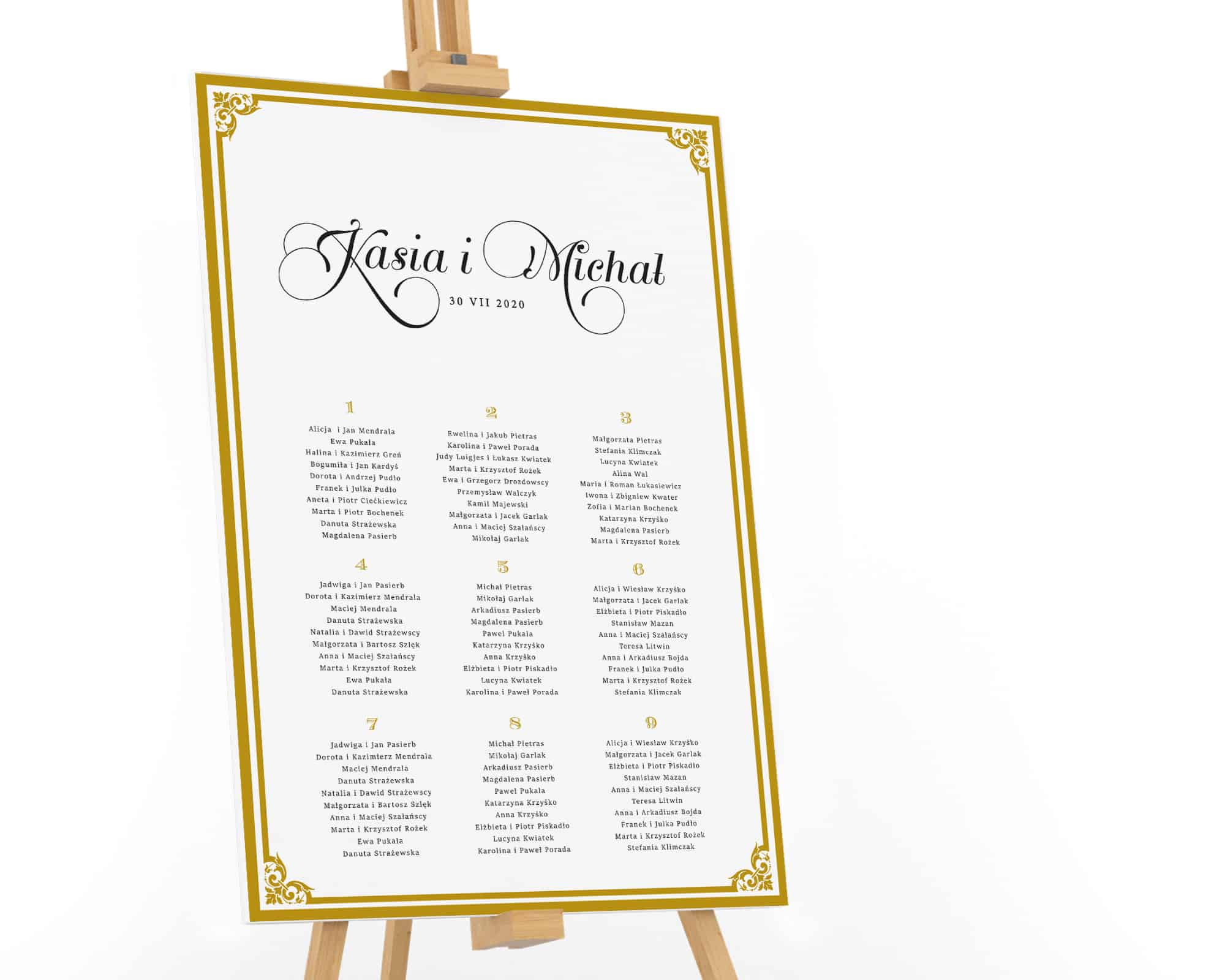 Plan stołów ze zdobioną złotą ramką i dużymi imionami Państwa Młodych