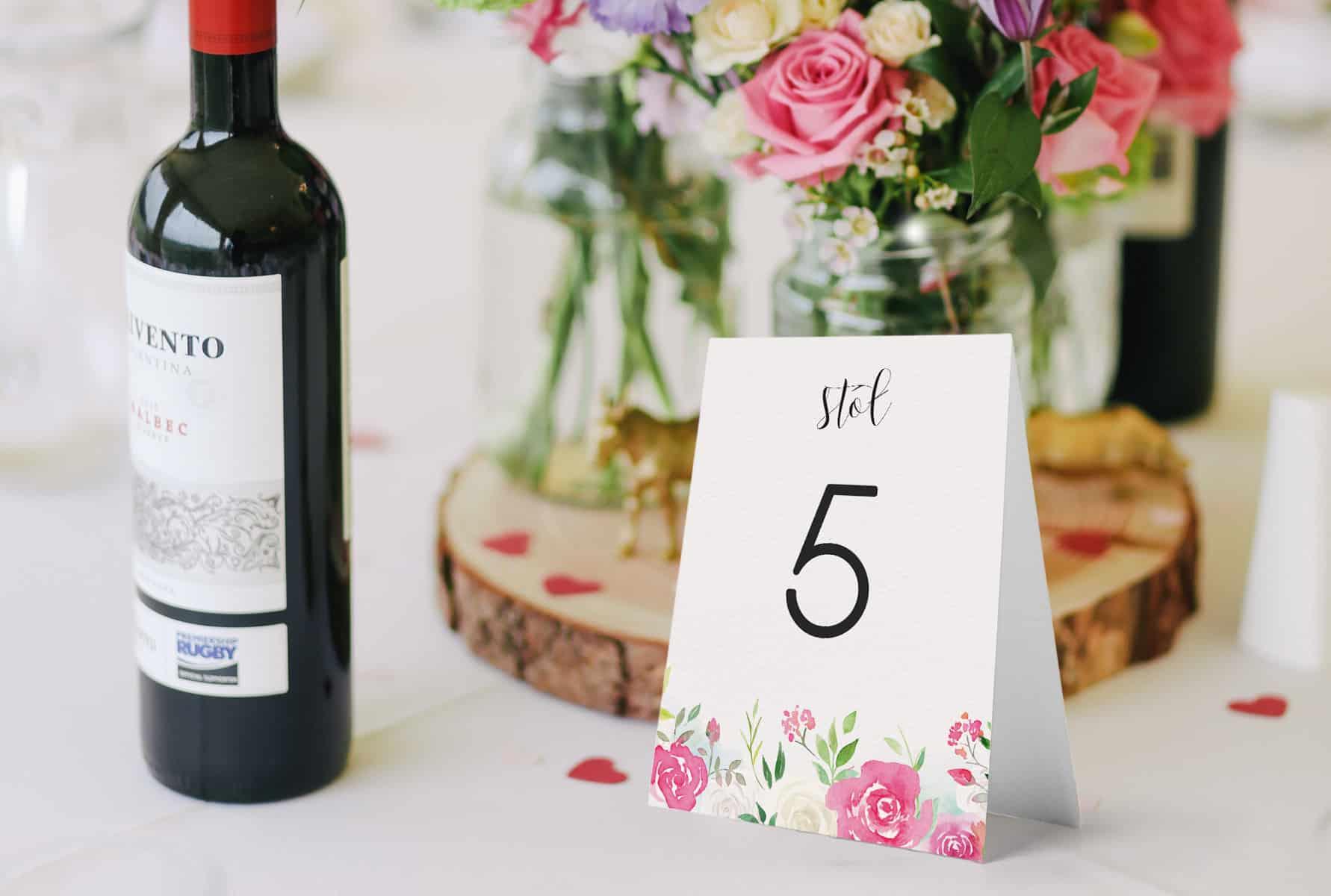 Numeru stołów w kwiatowym stylu Roses