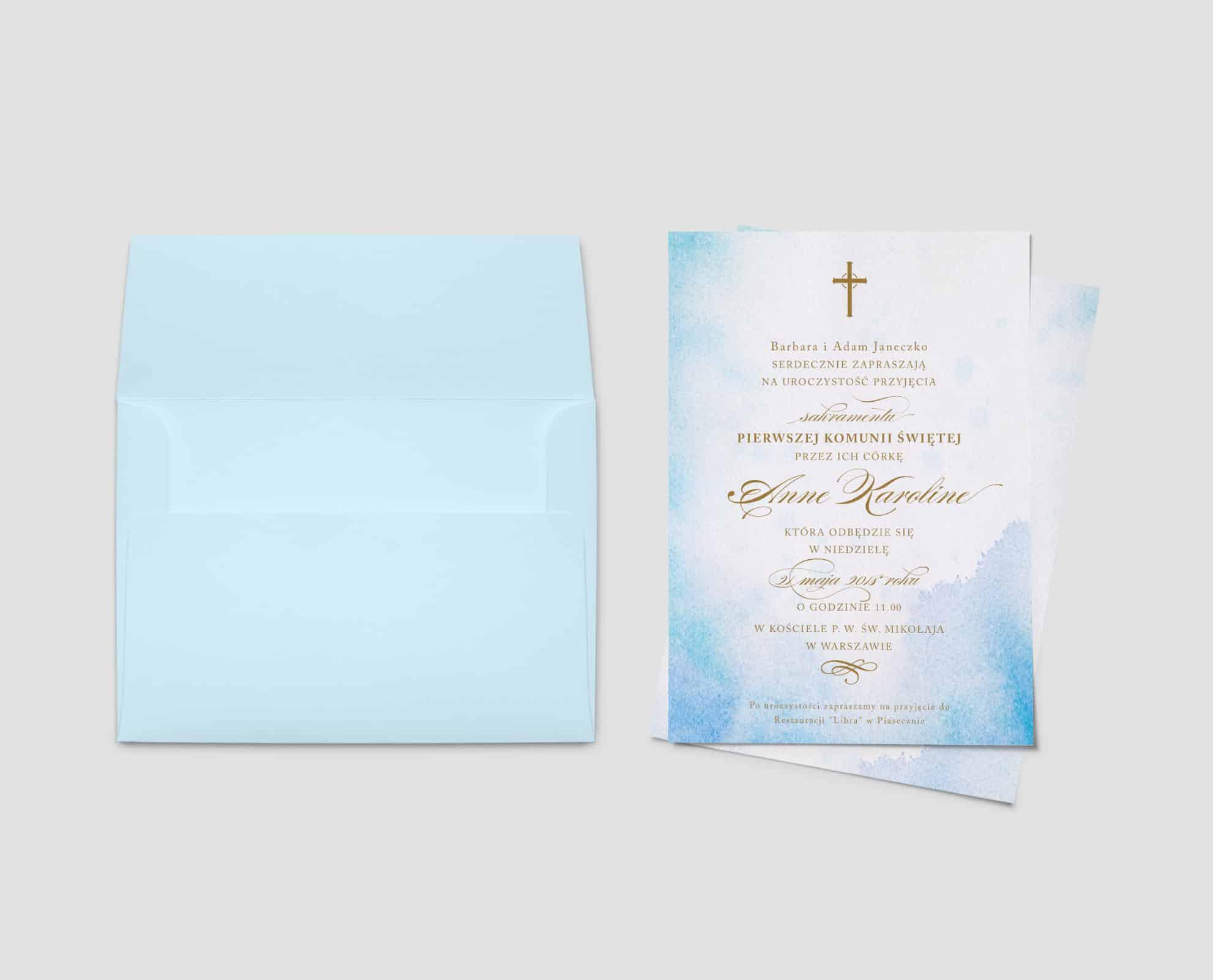 Niebieskie akwarelowe zaproszenia na komunię świętą ze złotą czcionką.