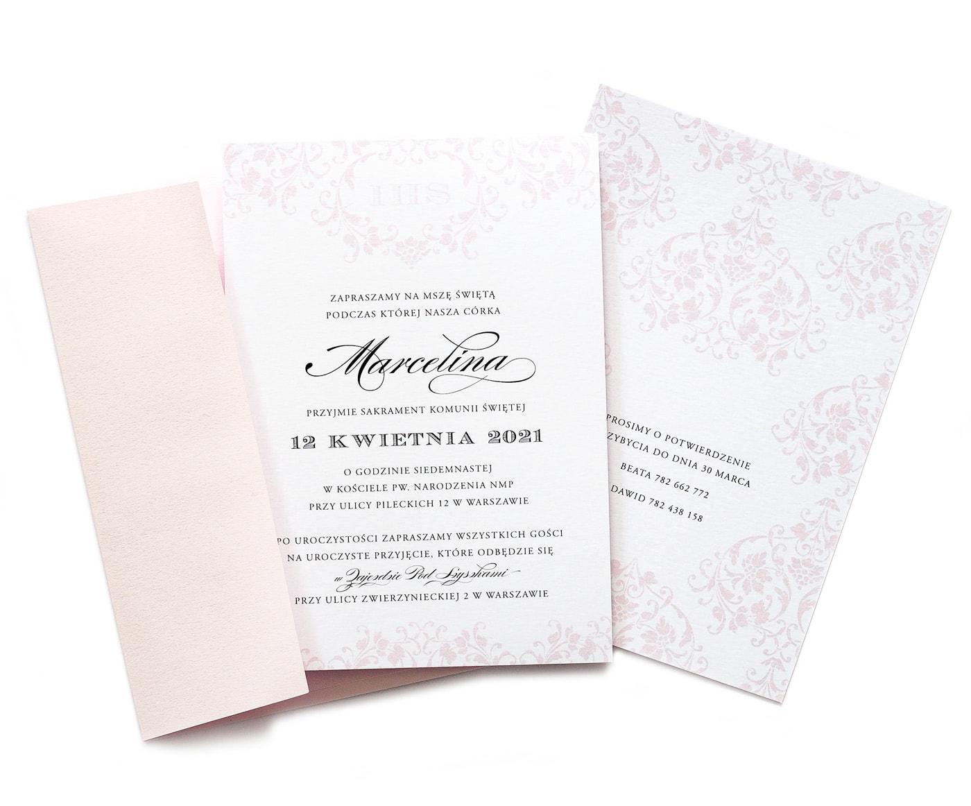 Zaproszenia na Komunię Świętą w kolorze różowym z ornamentami i ładną czcionką