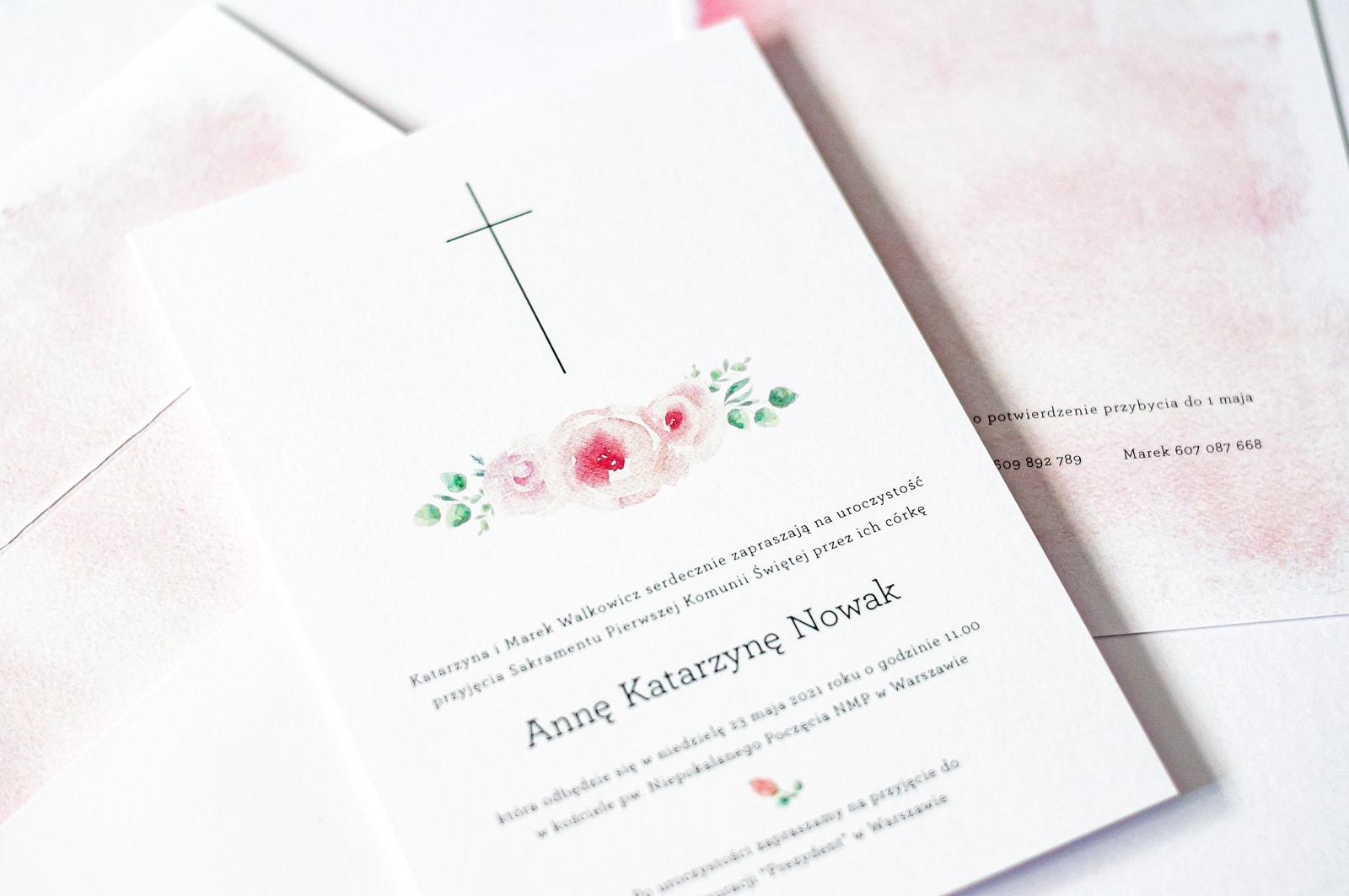 Zaproszenia na Komunię Piwonia, proste i eleganckie z różowymi kwiatami