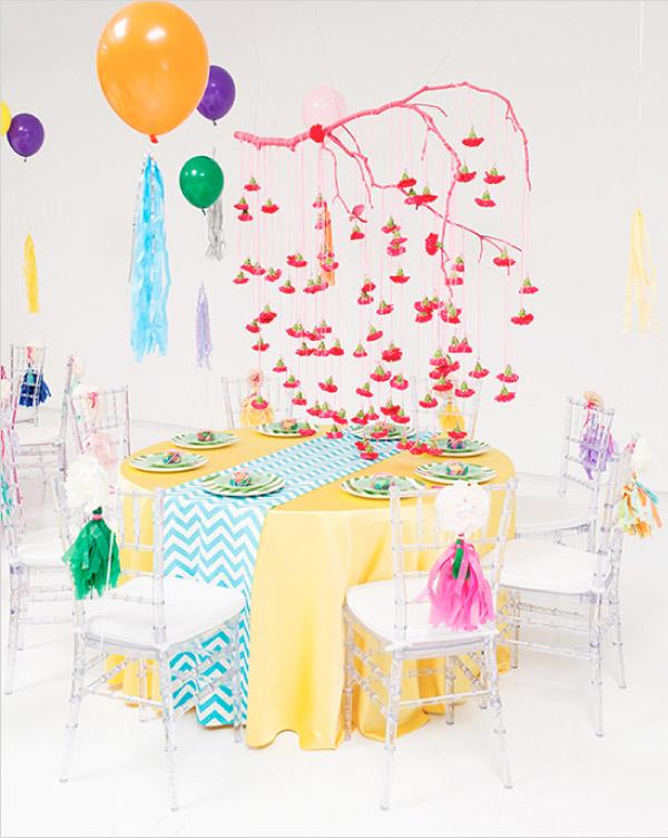 Intensywne neonowe kolory w wystroju stołów