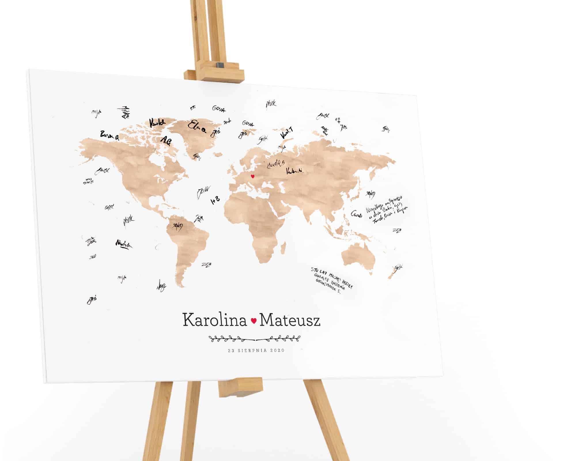 Brązowa mapa na księdze gości do wpisywania życzeń na weselu