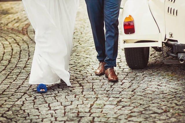 Niebieskie buty Pani młodej