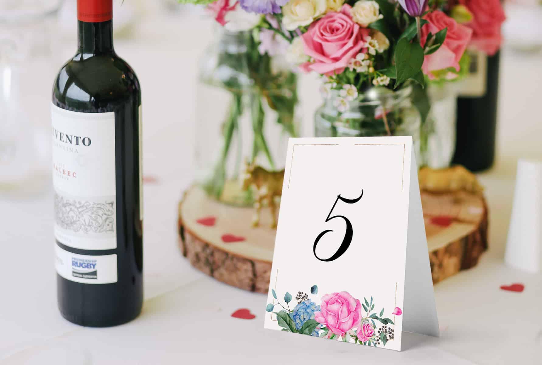 Numery na stoły, ozdobne, z różowymi różami