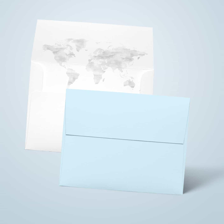 Koperty na zaproszenie z mapą świata