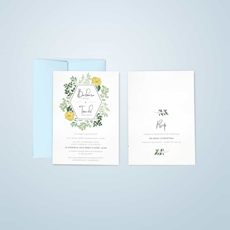 Projekt zaproszeń z błękitną kopertą i w stylu wiosennym