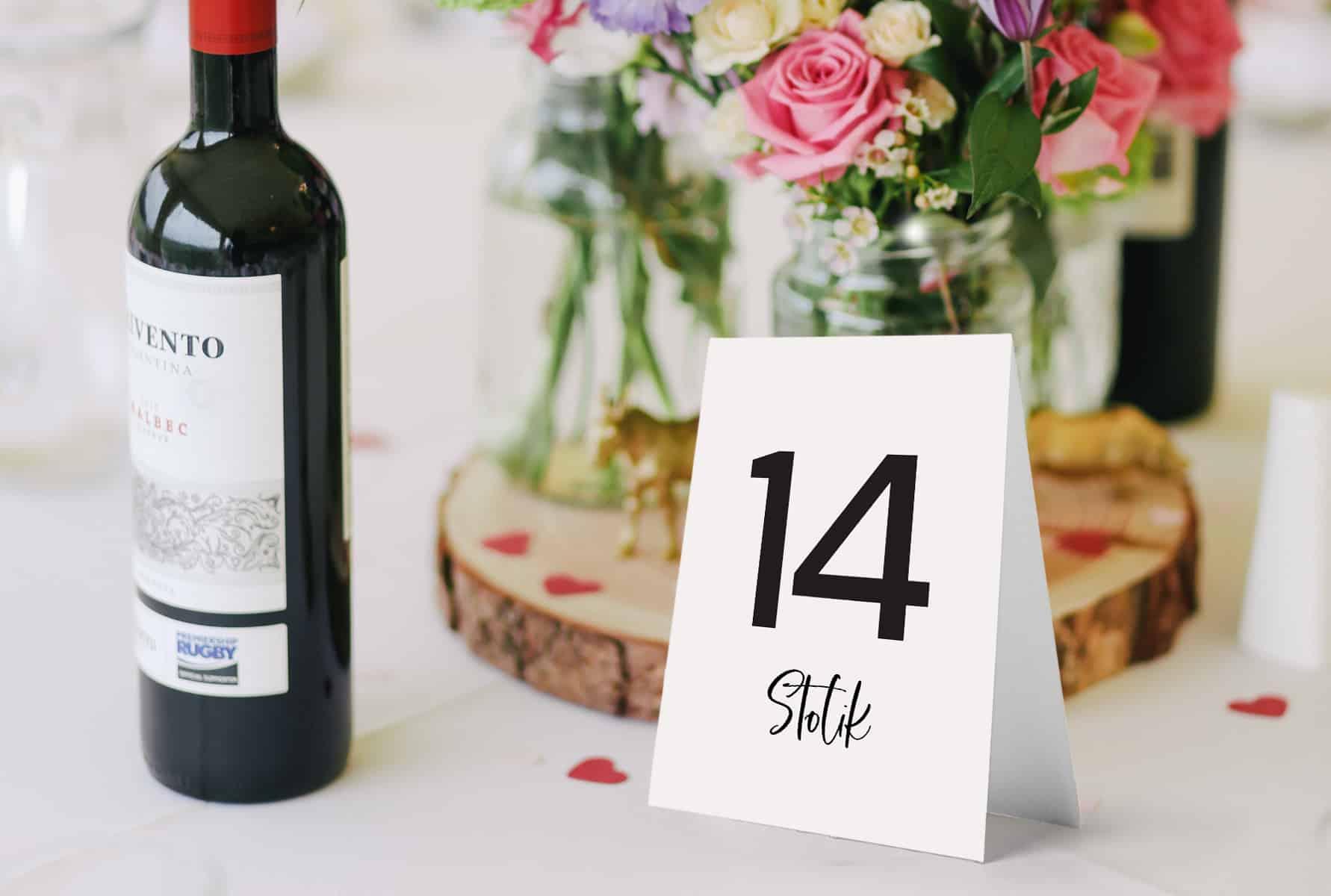 Duże i wyraźne numery na stołu weselne Luxury