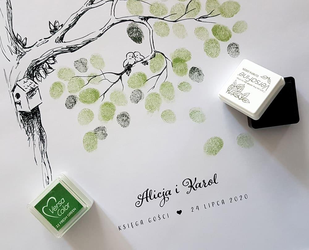 Drzewko z ptaszkami do pozostawiania odcisków palców jako listków