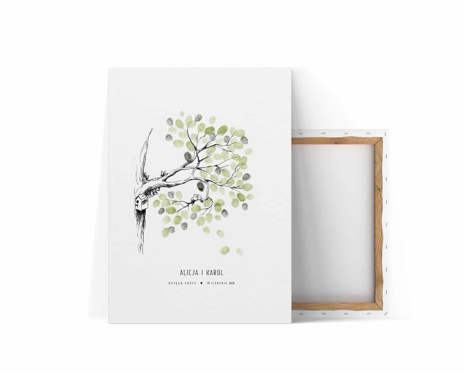 Księga gości z zielonymi listkami z odcisków palców pozostawianych na drzewku