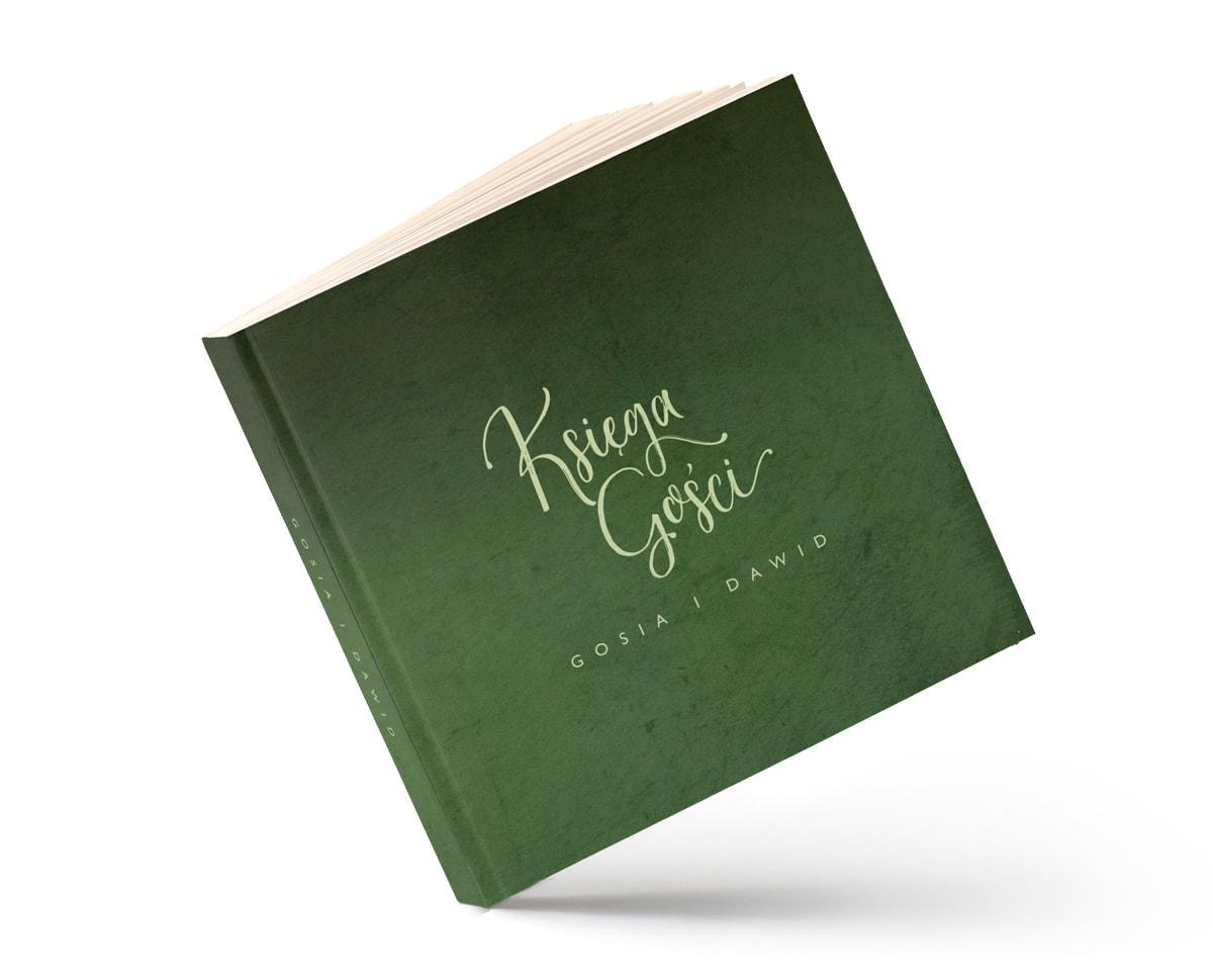 Księga w formie albumu z zieloną okładką
