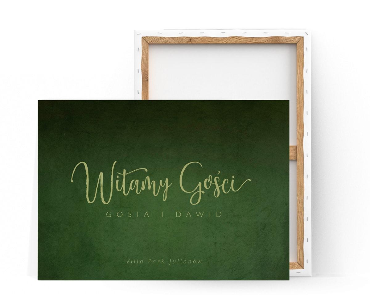 Tablica na powitanie gości w zielonej kolorystyce