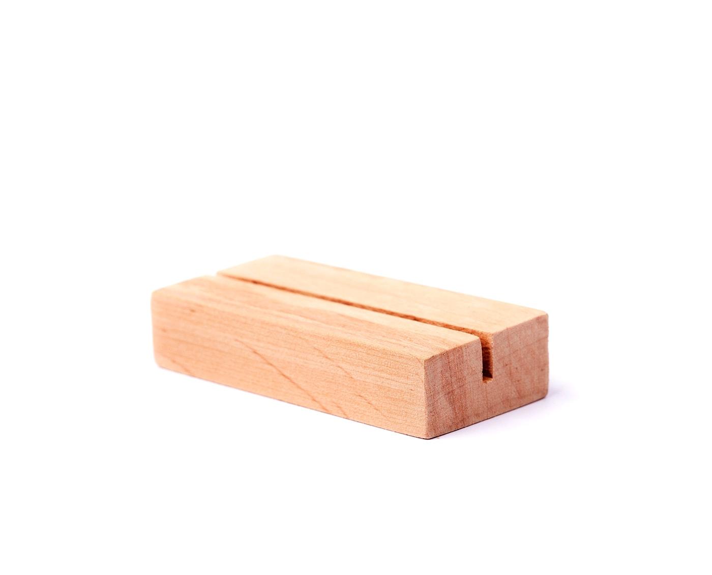 Podstawki z surowego drewna, idealne na wydruki, zdjęcia i wizytówki