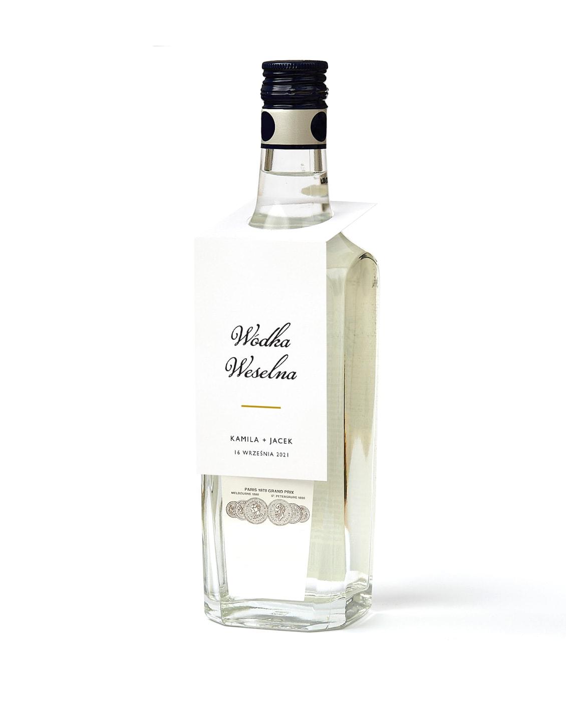 Zawieszki na butelki z napisem wódka weselna