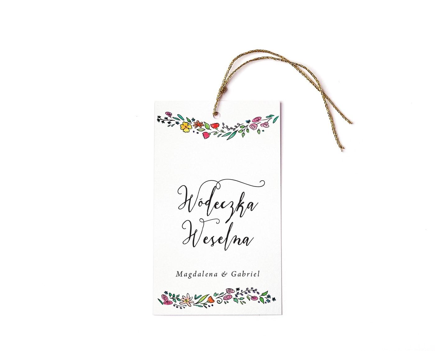 Zawieszki z napisem wódeczka weselna i kolorowymi kwiatami