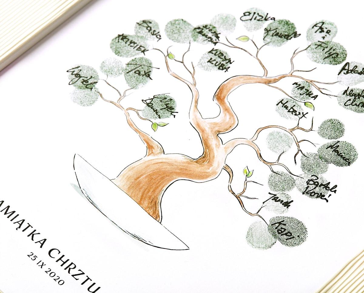 Pamiątka z chrztu, rysunek drzewka bonsai w ramce z odciskami palców