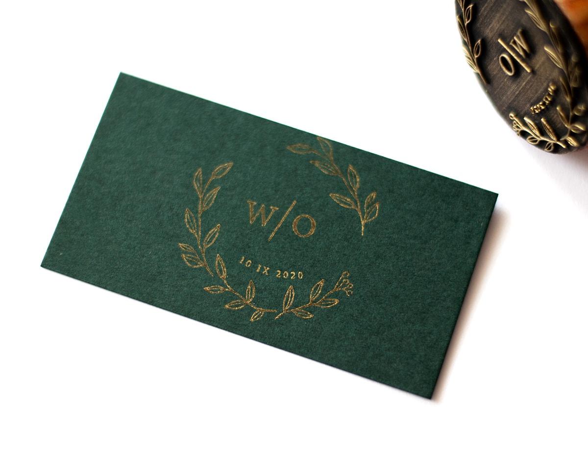 Stempelek ślubny ze złotymi listkami