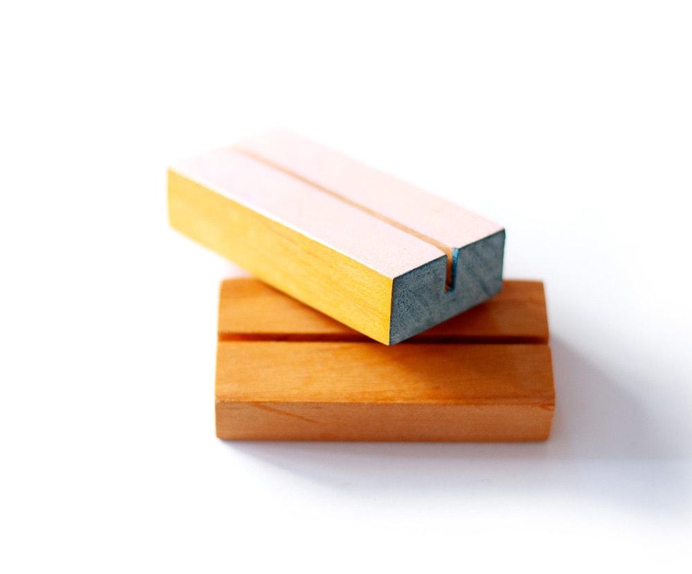 złoty tusz do dekorowania drewnianych elementów