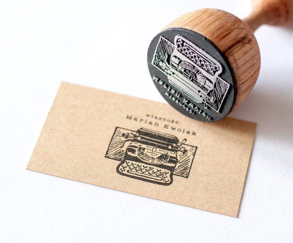Stempel exlibris z maszyną do pisania