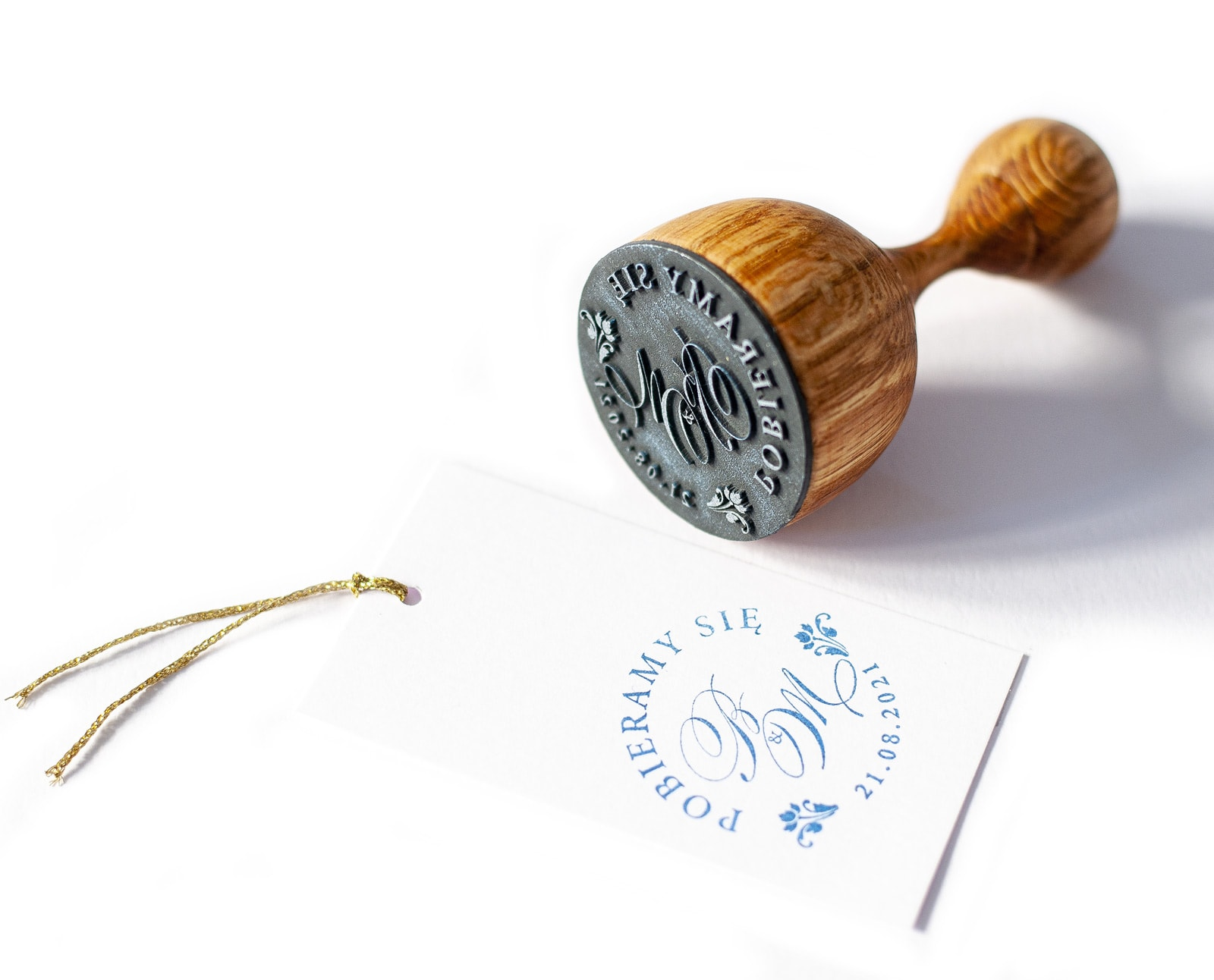 Elegancki stempel ślubny, monogram z inicjałami
